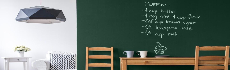 Aprenda o efeito lousa: Deixe seus espaços modernos e práticos